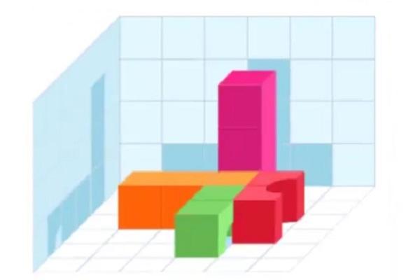 Башня из цветных кубиков