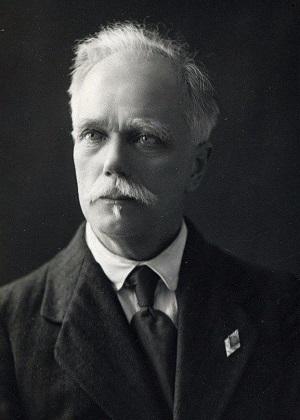 Иван Аполлнович Чарушин