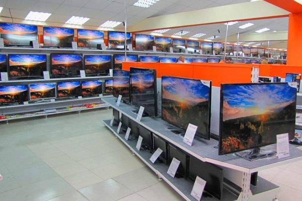 Продажа телевизоров в магазине