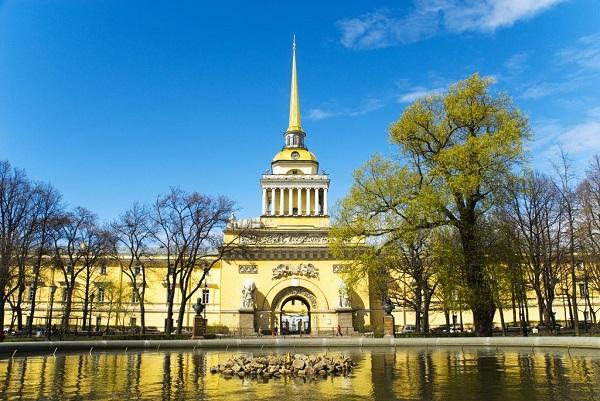 Адмиралтейский шпиль в Санкт-Петербурге