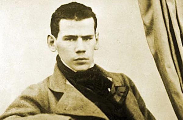 Лев Толстой в молодости