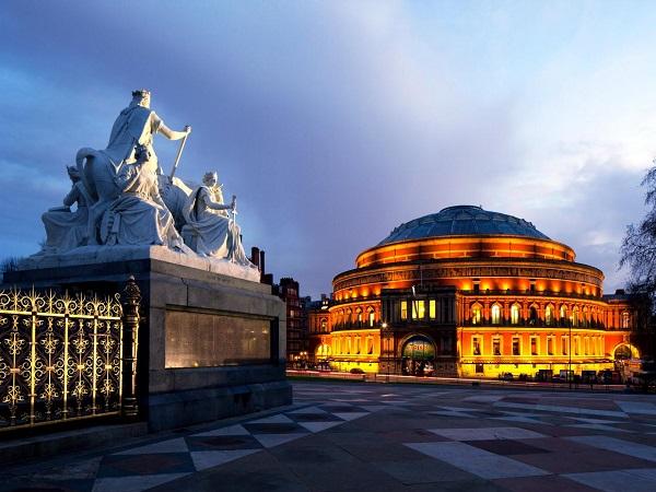 Лондонский королевский зал искусств и наук имени Альберта