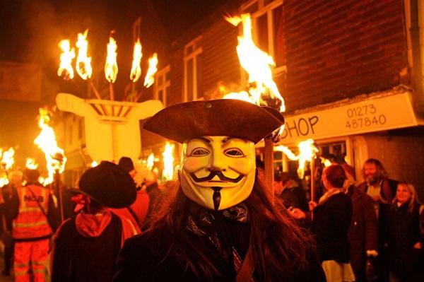 Праздник Гая Фокса в Англии