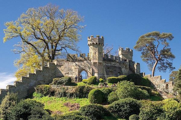 Уорвикский замок