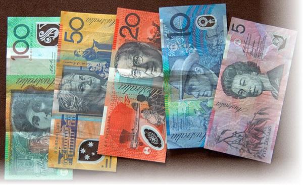Пластиковые денежные купюры в Австралии