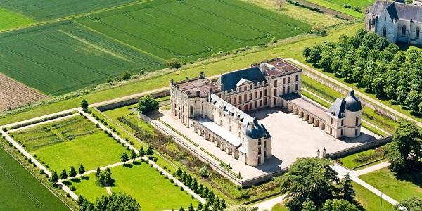 Замок Уарон
