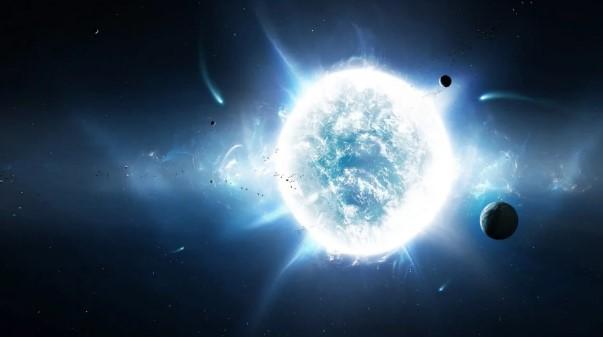Белое солнце в космосе